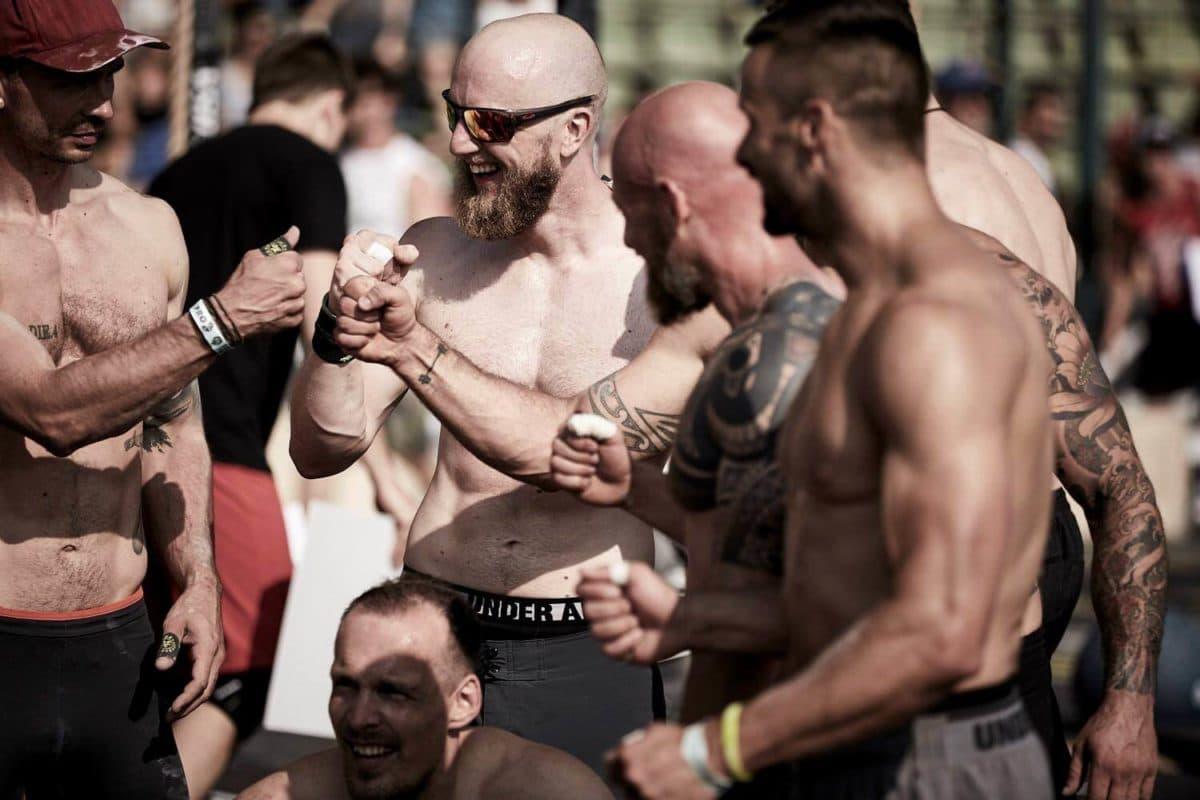 CrossFit Competition Freundschaft zwischen Athleten