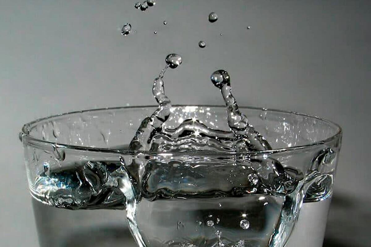 Wie viel Wasser beim CrossFit Training trinken?