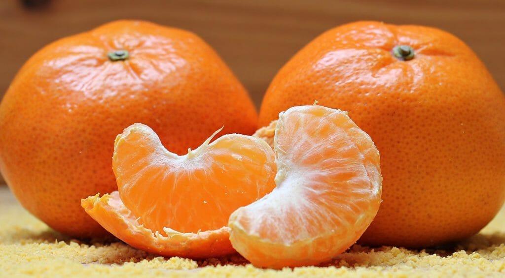 Faszientherapie - Mandarinenhaut als Beispiel für Faszien