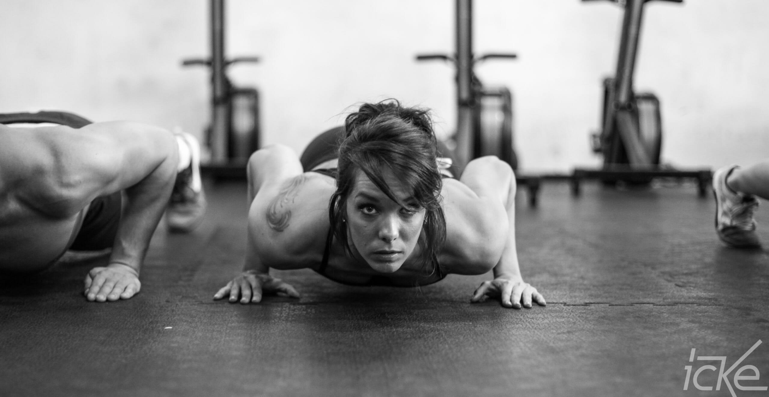 Burpees - Bodyweight Uebung richtig machen